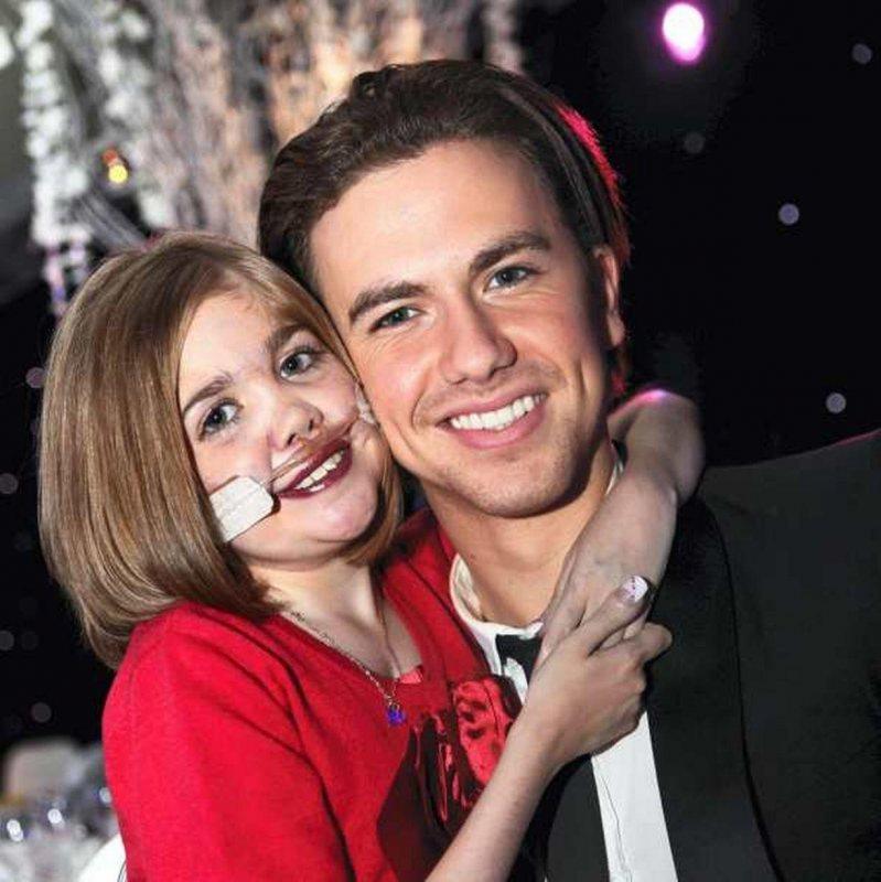 Kirsty with Singer Richard Fleeshman