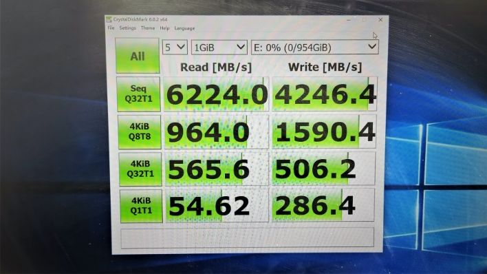 large.lexar_7gb_ssd_pcie_40_the_ssd_review_2.jpg