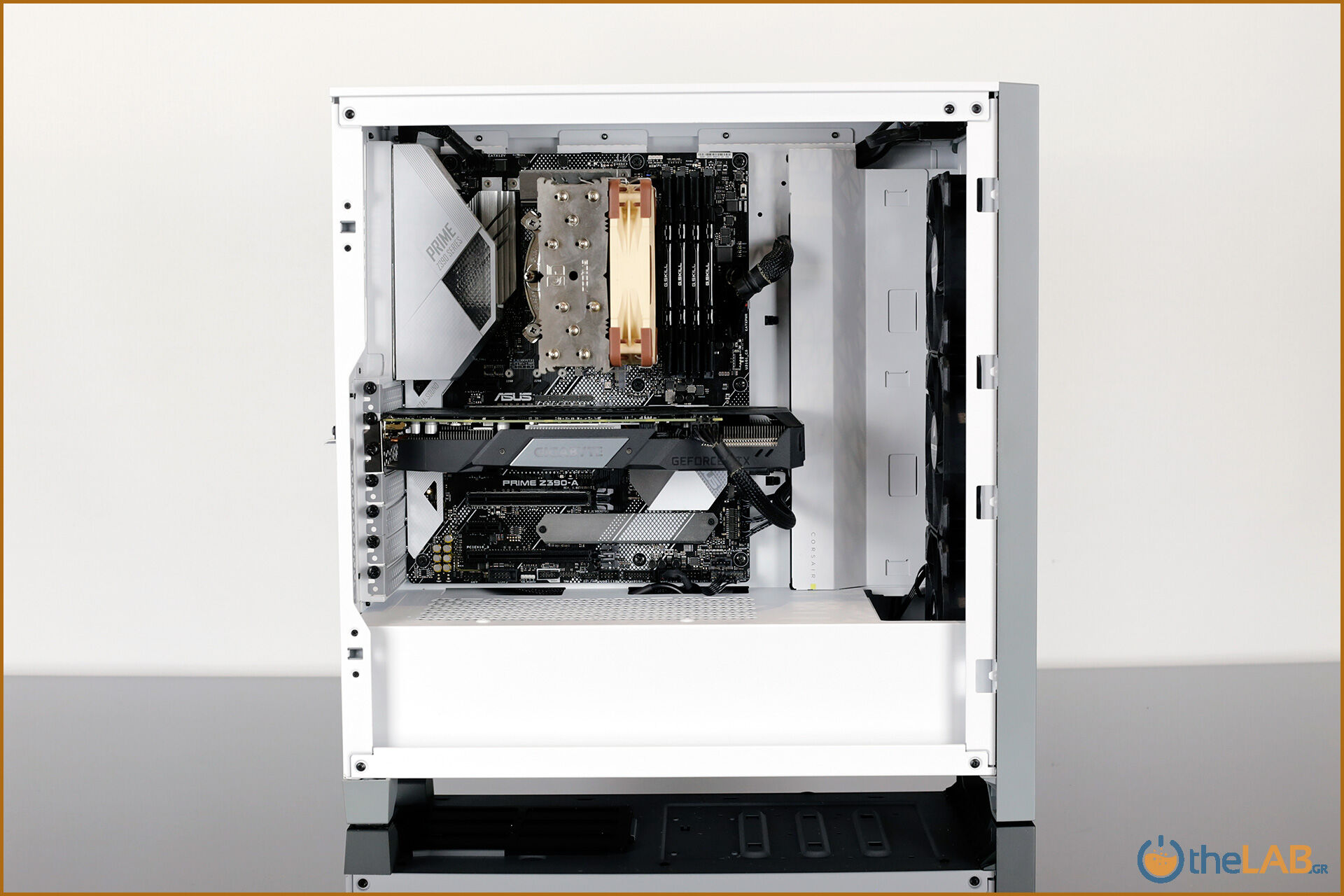 Corsair_icue_4000x_rgb_case_smart_exterior_interior_mid_tower_gaming_case_smart_review_image608.jpg