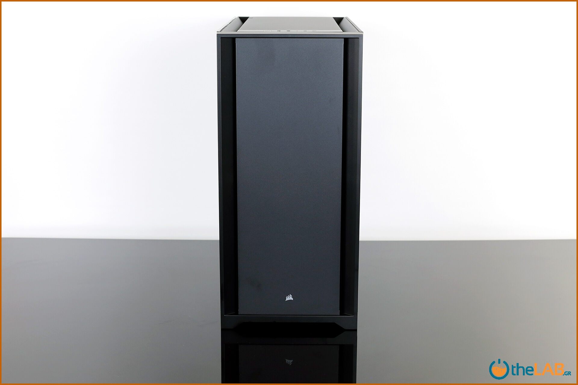 Corsair_icue_5000D__case_smart_exterior_interior_mid_tower_gaming_case_smart_review_image626.jpg