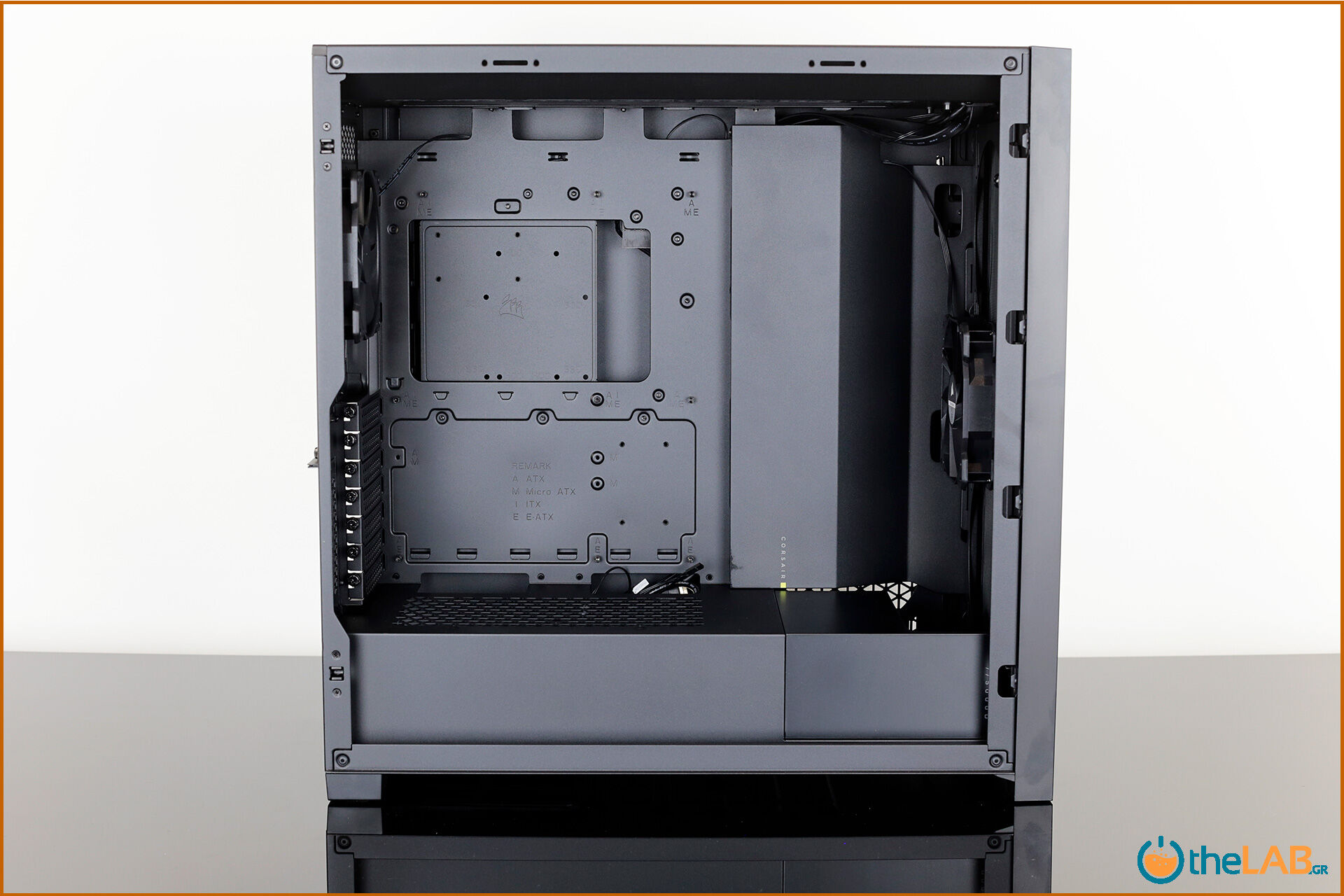 Corsair_icue_5000D__case_smart_exterior_interior_mid_tower_gaming_case_smart_review_image651.jpg