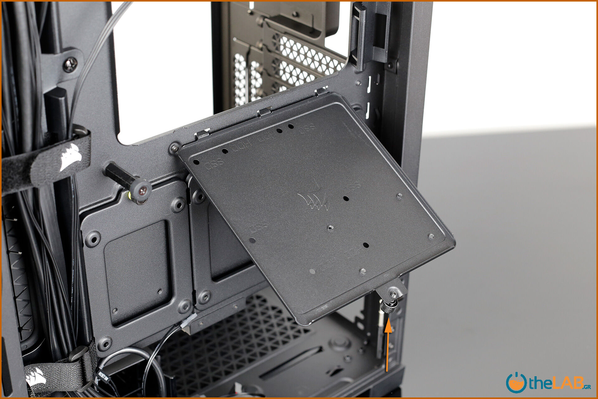 Corsair_icue_5000D__case_smart_exterior_interior_mid_tower_gaming_case_smart_review_image675.jpg