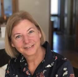 Instructor Fiona   Richmond