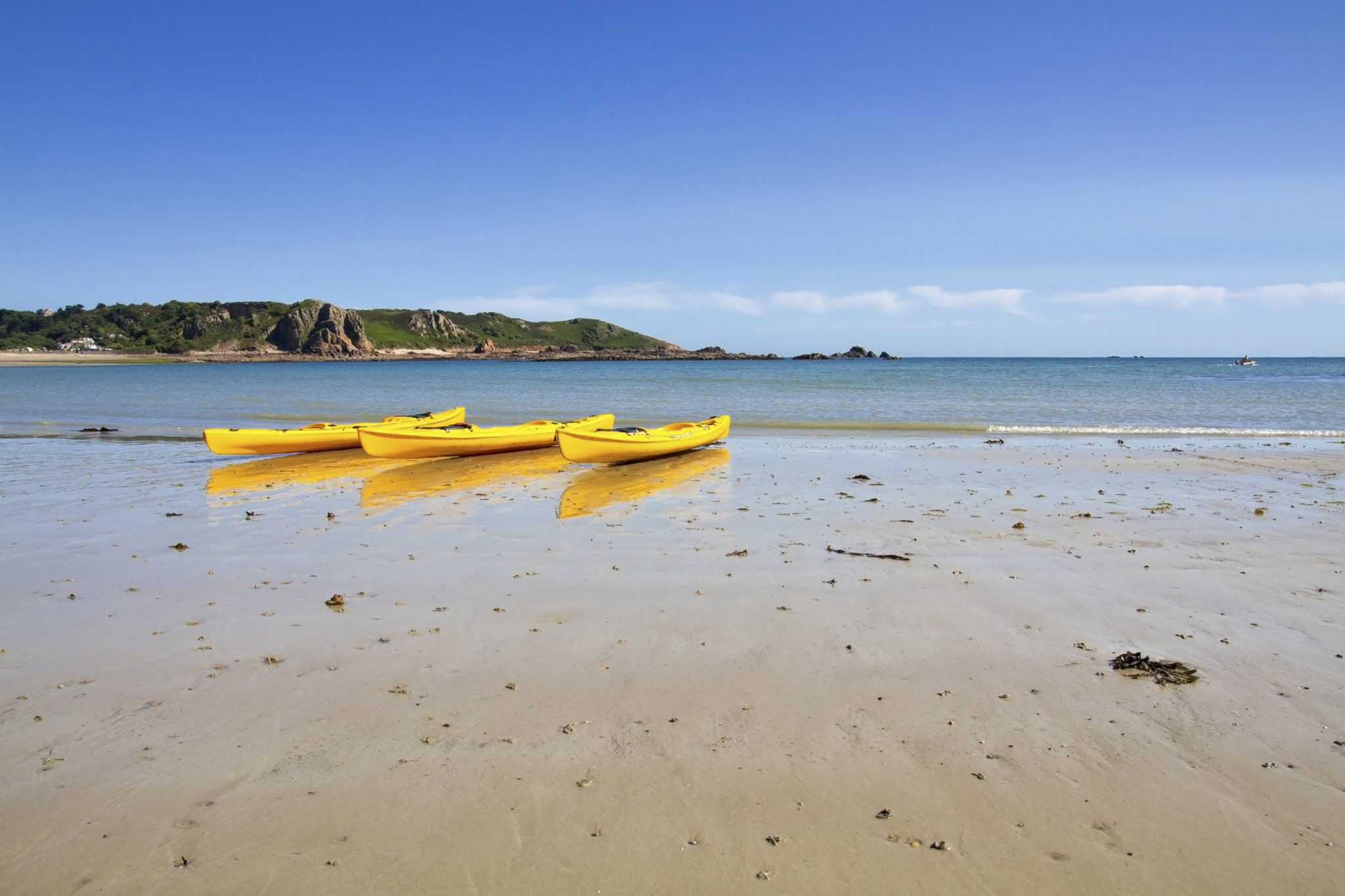 Family Beach Holidays UK - St Brelade's Beach, Jersey