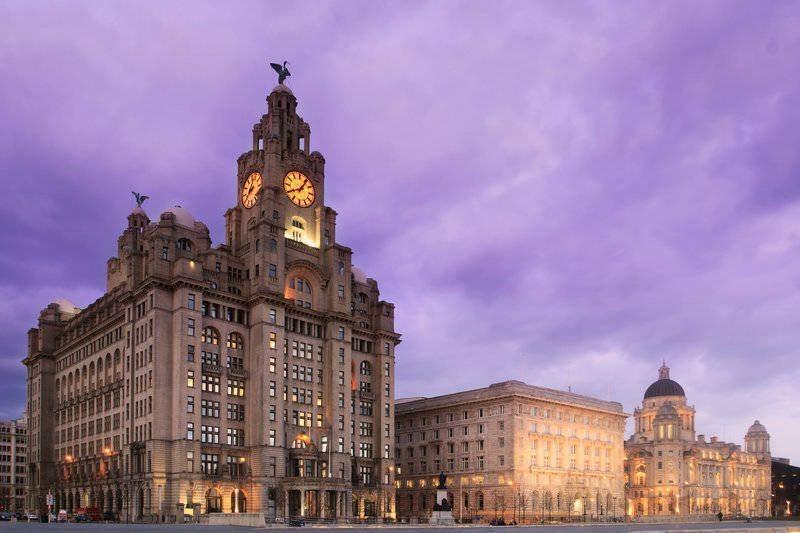 Liverpool Breaks- Liverpool Pier