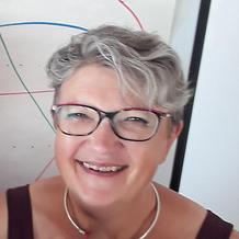 Yolande Gardoni , Hypnose à Nantes, France