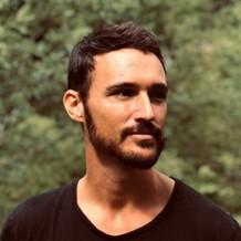 Cedric Schmidt , Naturopathie à Lyon, France