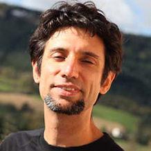 Damien Charfeddine , Réflexologie à Fourneaux, France