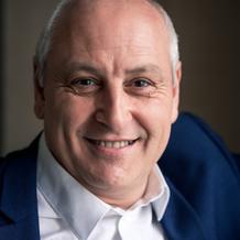 Philippe Brami , Hypnose à Vincennes, France
