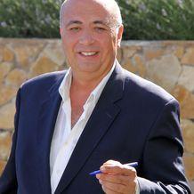Michel Largillière , Hypnose à Le Cannet, France