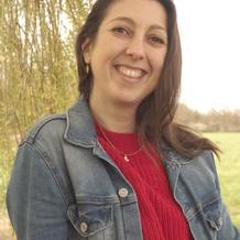 Cécile Epchtein , Naturopathie à Nandy, France