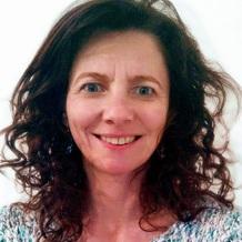 Karine Dumez , Art-thérapie à Reims, France