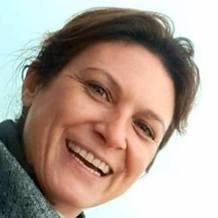 Mathilde Gavard , Hypnose à Parentis En Born, France