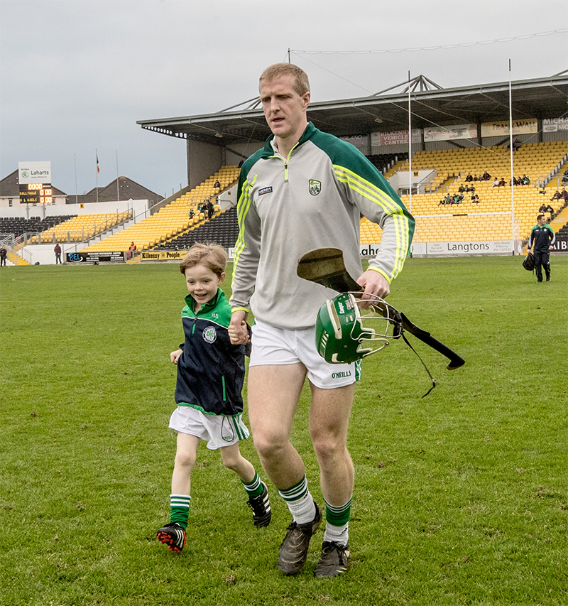Kilkenny Senior Hurling Championship Final, Nowlan Park, Kilkenny 30/10/2016 Ballyhale Shamrocks vs O'Loughlin Gaels Ballyhale Shamrocks' Henry Shefflin and his son Henry Jnr Mandatory Credit ©INPHO/James Crombie