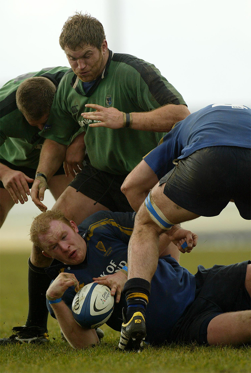Celtic League Rugby 13/3/2004 Connacht vs Leinster Des Dillon of Leinster and Damian Browne of Connacht ©INPHO/Patrick Bolger