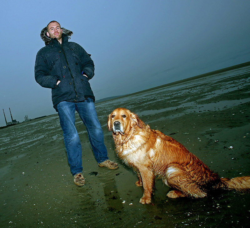 Leinster Rugby Feature 6/12/2012 Leinster's Damian Browne with his dog Elmo Mandatory Credit ©INPHO/Donall Farmer
