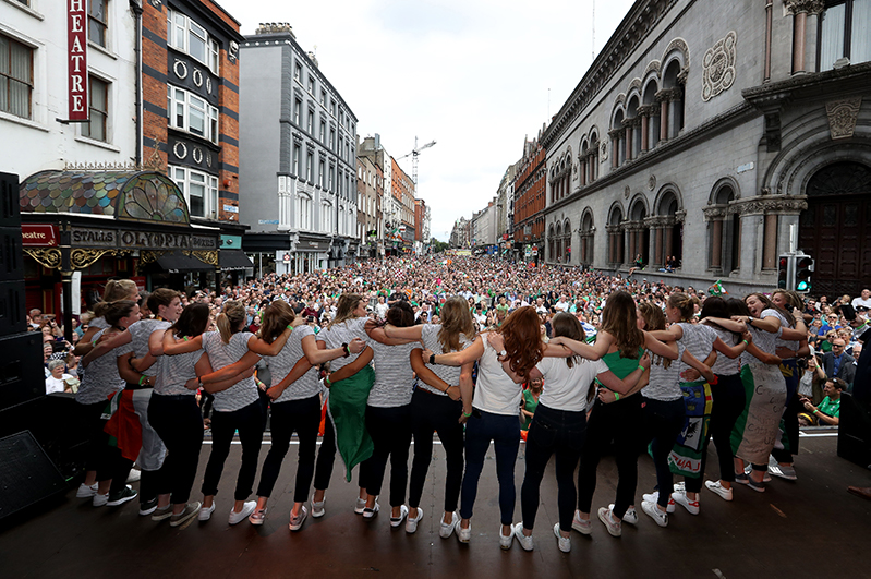 Irish Hockey Team Homecoming, Dublin 6/8/2018 The Ireland team celebrate on stage Mandatory Credit ©INPHO/Tommy Dickson