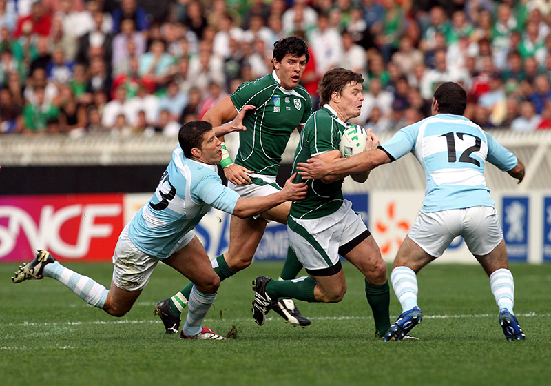 World Cup Group Match, 30/9/2007 Ireland vs Argentina Ireland's Brian O'Driscoll with Manuel and Felipe Contepomi of Argentina Mandatory Credit ©INPHO/Morgan Treacy