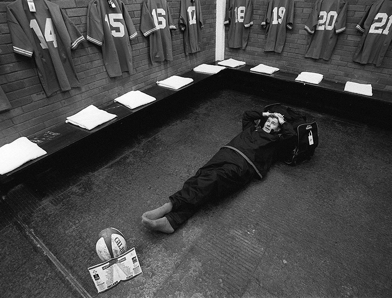 Putting It On The Line 2002 Six Nations Ireland 20/10/2002 Baggage man Paddy 'Rala' O'Reilly takes a break Mandatory Credit ©INPHO/Billy Stickland