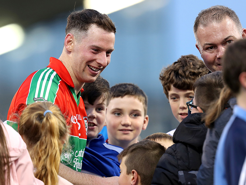 Dublin Senior Football Championship Semi-Final, Parnell Park, Dublin 14/10/2017 Ballymun Kickhams vs Kilmacud Crokes Ballymun Kickhams Philly McMahon with fans after the game Mandatory Credit ©INPHO/Bryan Keane