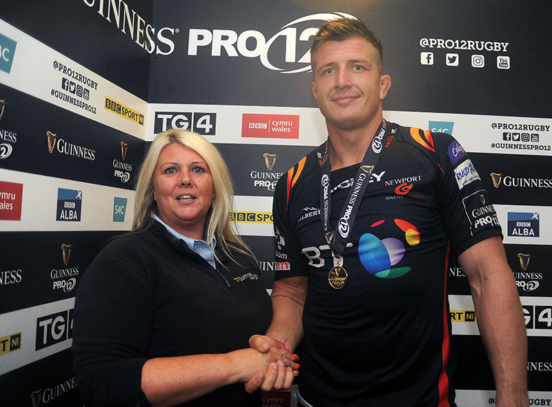 Guinness PRO 12, Rodney Parade, Newport, Wales 9/9/2016 Newport Gwent Dragons vs Zebre Ed Jackson of Dragons receives the Guinness PRO12 man of the match award from Sally Nicholas Mandatory Credit ©INPHO/Camerasport/Ashley Crowde