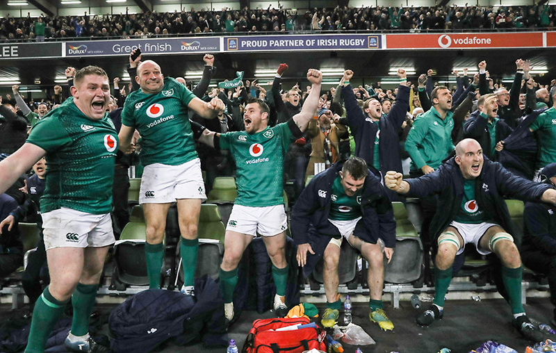 Guinness Series, Aviva Stadium, Dublin 17/11/2018 Ireland vs New Zealand All Blacks Ireland's Tadhg Furlong, Rory Best, Cian Healy, Peter O'Mahony and Devin Toner celebrate winning | Stephen Ferris - The Sports Chronicle. Mandatory Credit ©INPHO/Billy Stickland