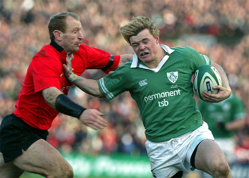 RBS Six Nations Ireland vs Wales 22/2/2004 Brian O'Driscoll of Ireland and Gareth Thomas of Wales Mandatory Credit ©INPHO/Andrew Paton
