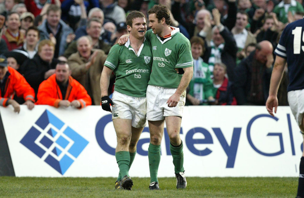 Gordon D'Arcy congratulates Geordan Murphy on his try