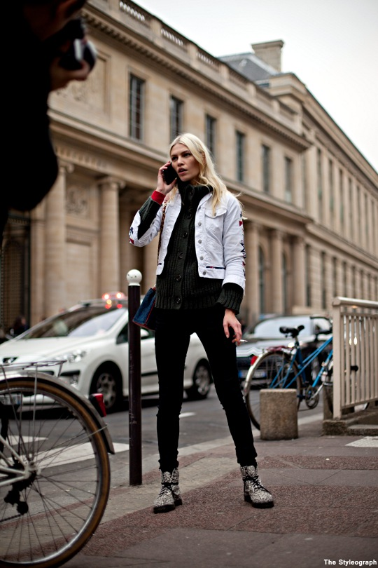 Aline Weber Street Style Fashion Week Paris Model
