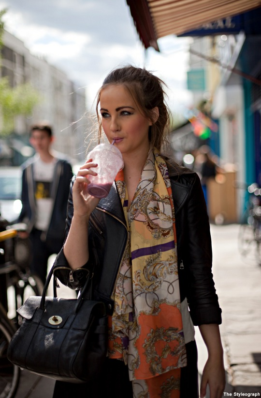 Printed Scarf Street Style London Women Portobello Road
