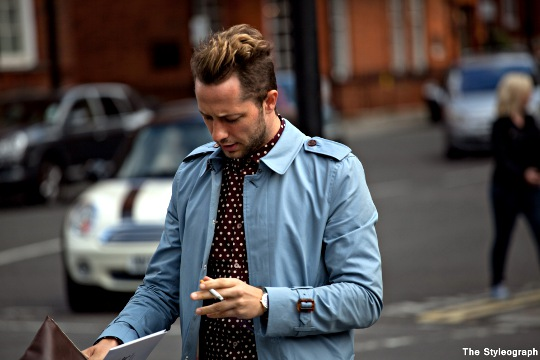 men street style burberry london fashion week