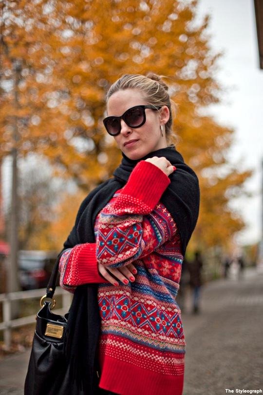 norwegian pullover women autumn berlin street style