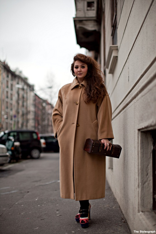 oversized camel coat for women streetstyle