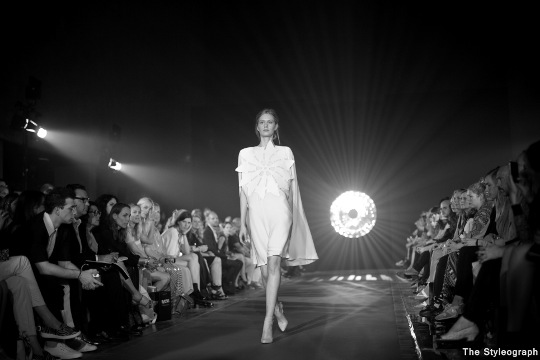 kaviar gauche fashion show berlin fashion week