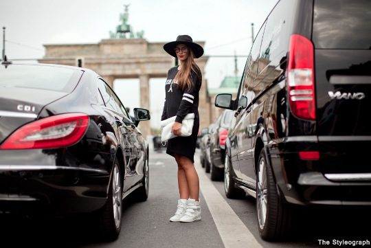 Nina Fashiioncarpet Street Style Berlin Fashion Week Brandenburger Tor
