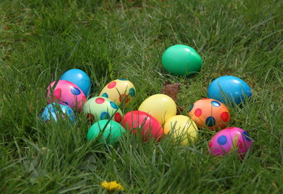 Rsz 20110423 easter eggs 2