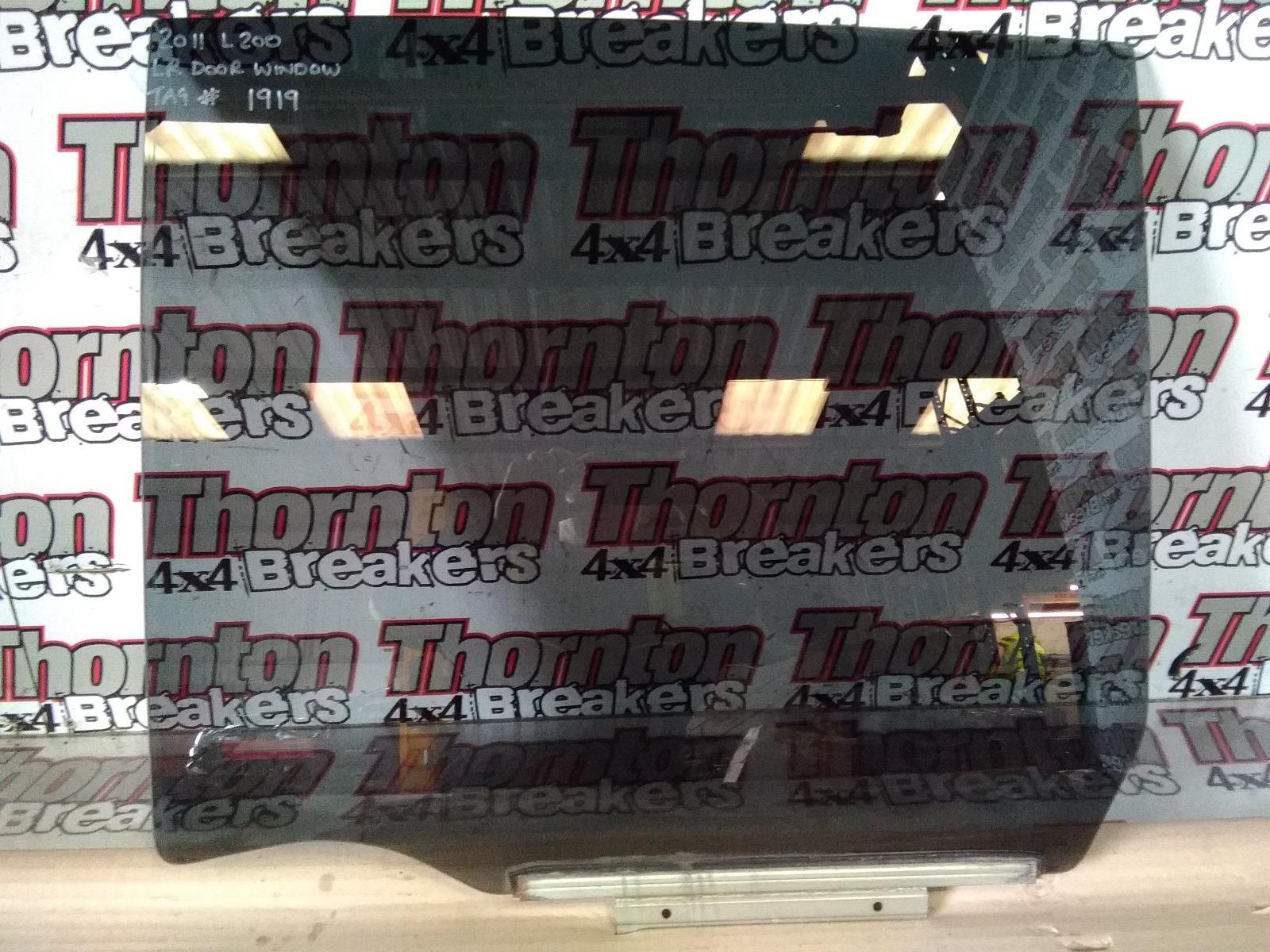 View Auto part LR Door Window MITSUBISHI L200 2011
