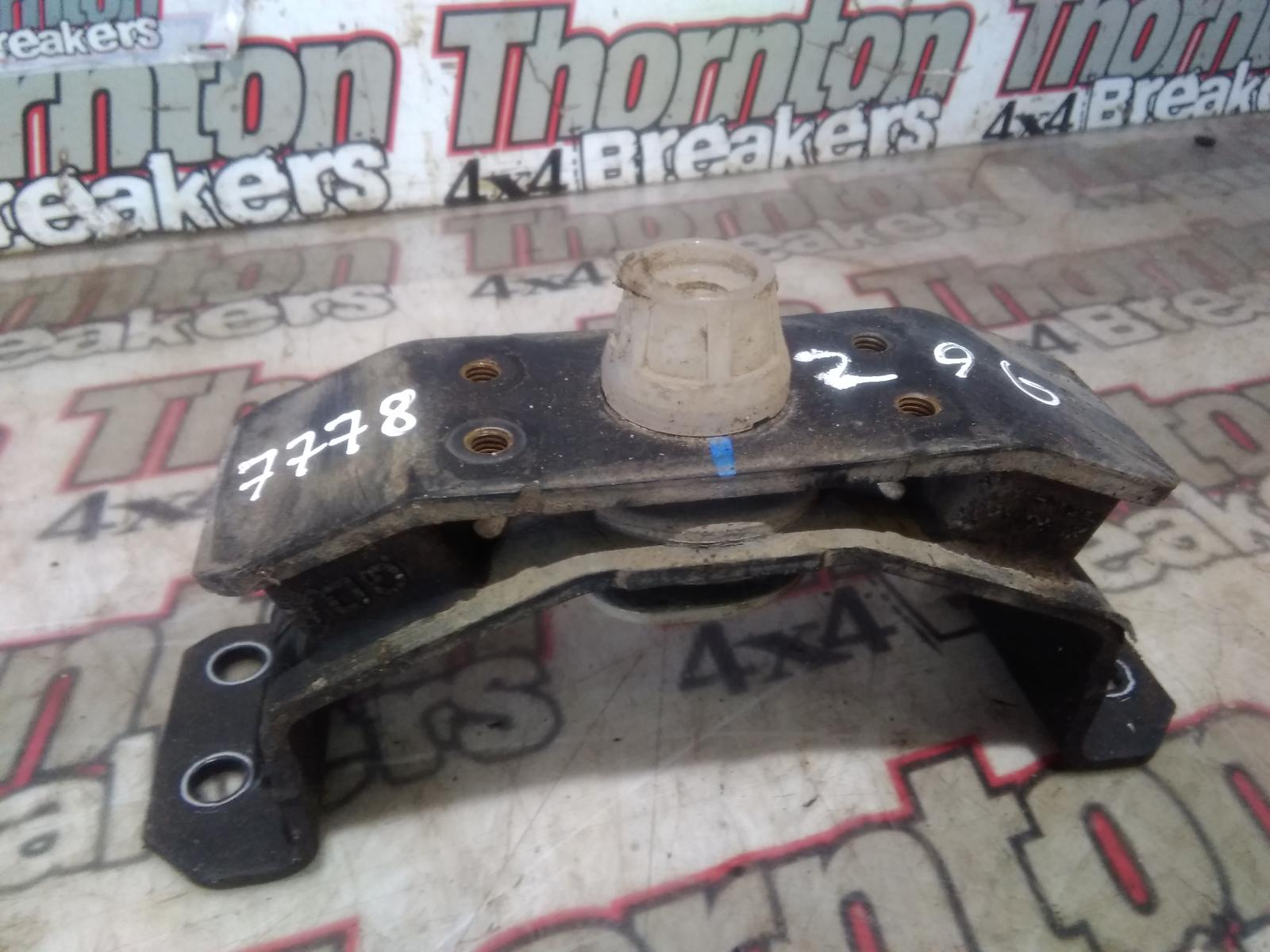 View Auto part Gearbox Mount TOYOTA HILUX 2017