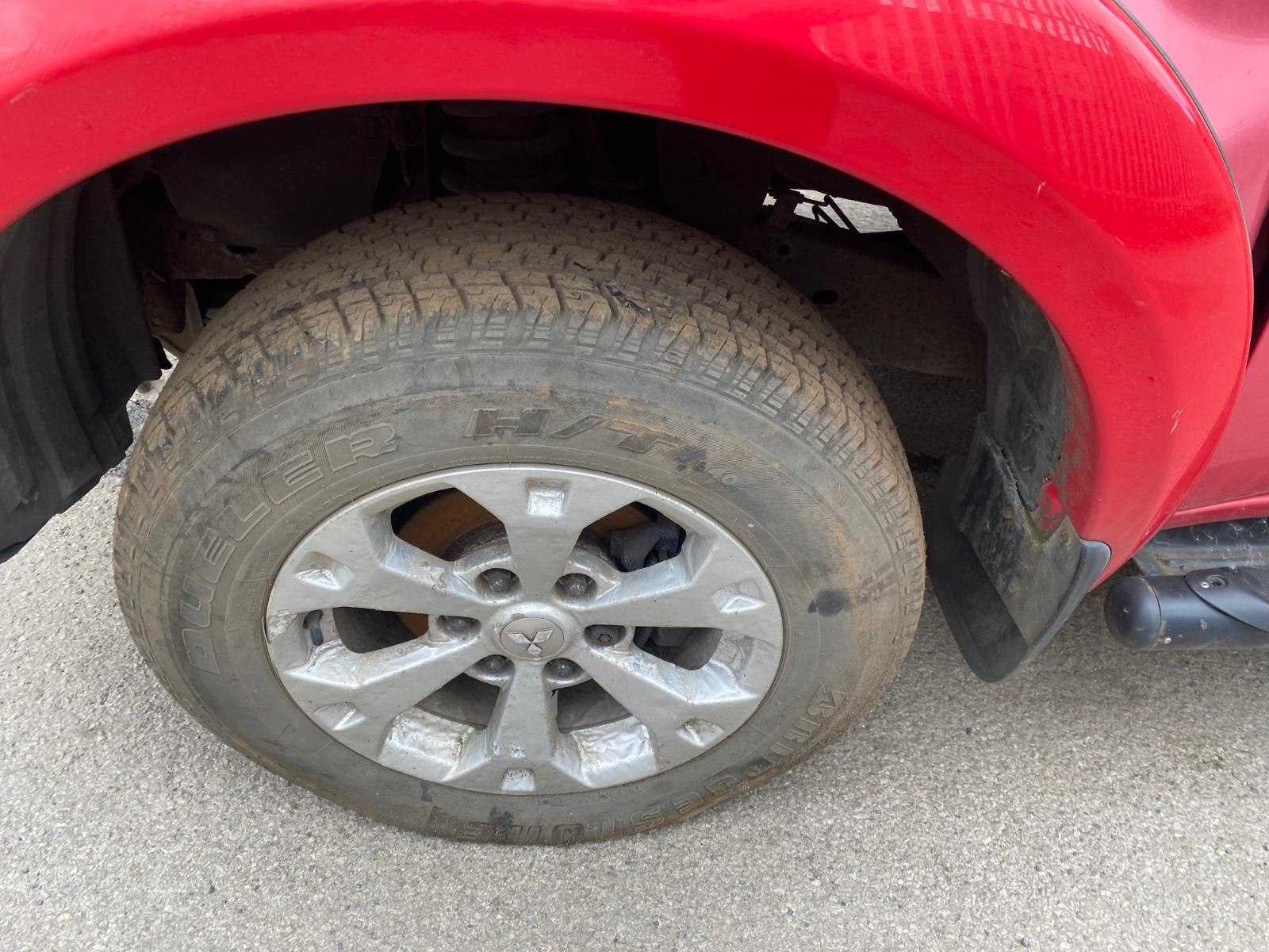 View Auto part Door Handle MITSUBISHI L200 2011