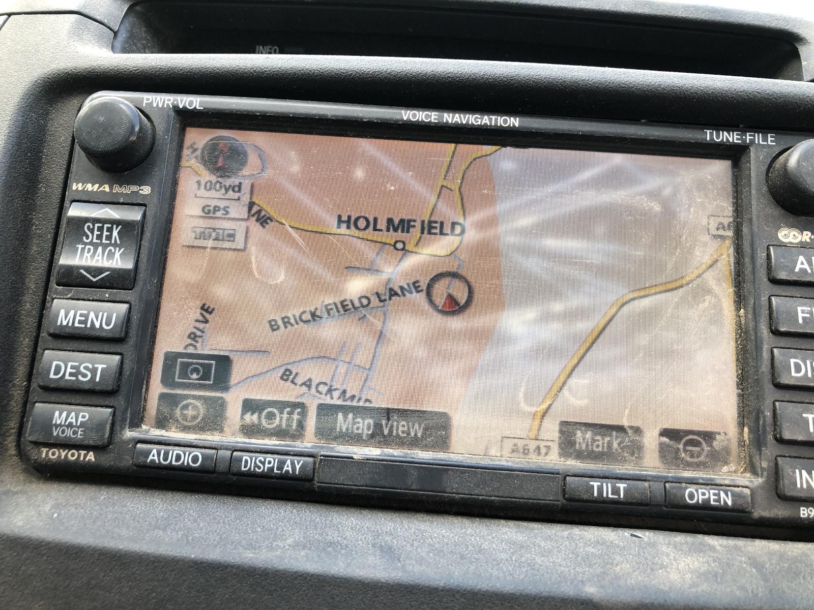 View TOYOTA HILUX 2009 4 Door Pickup