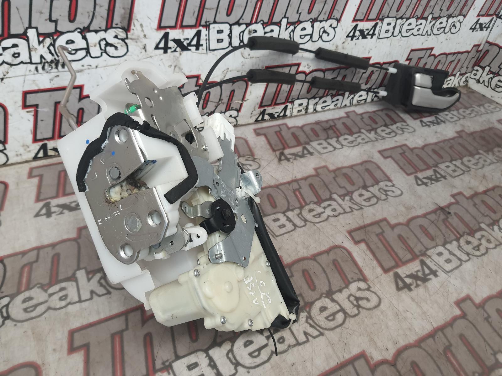 View Auto part Door Lock Assembly ISUZU D-MAX 2017