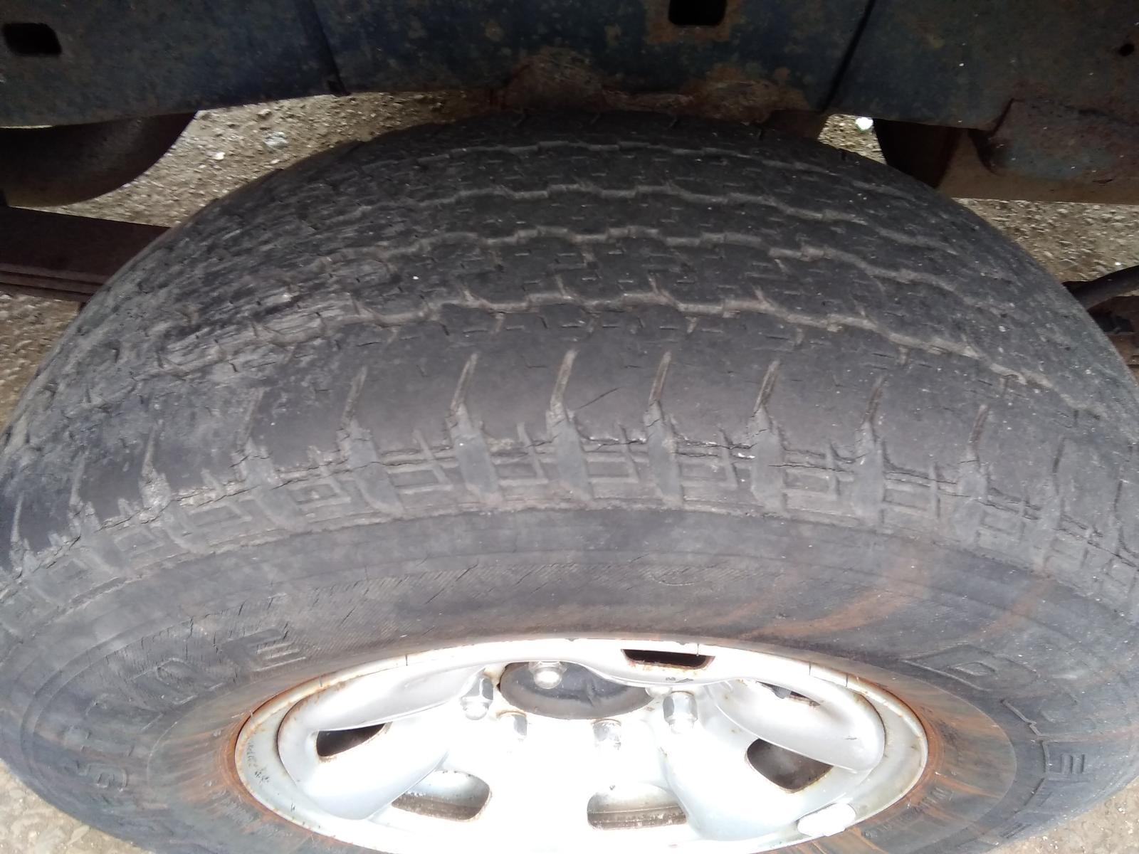 View TOYOTA HILUX 2007 4 Door Pickup