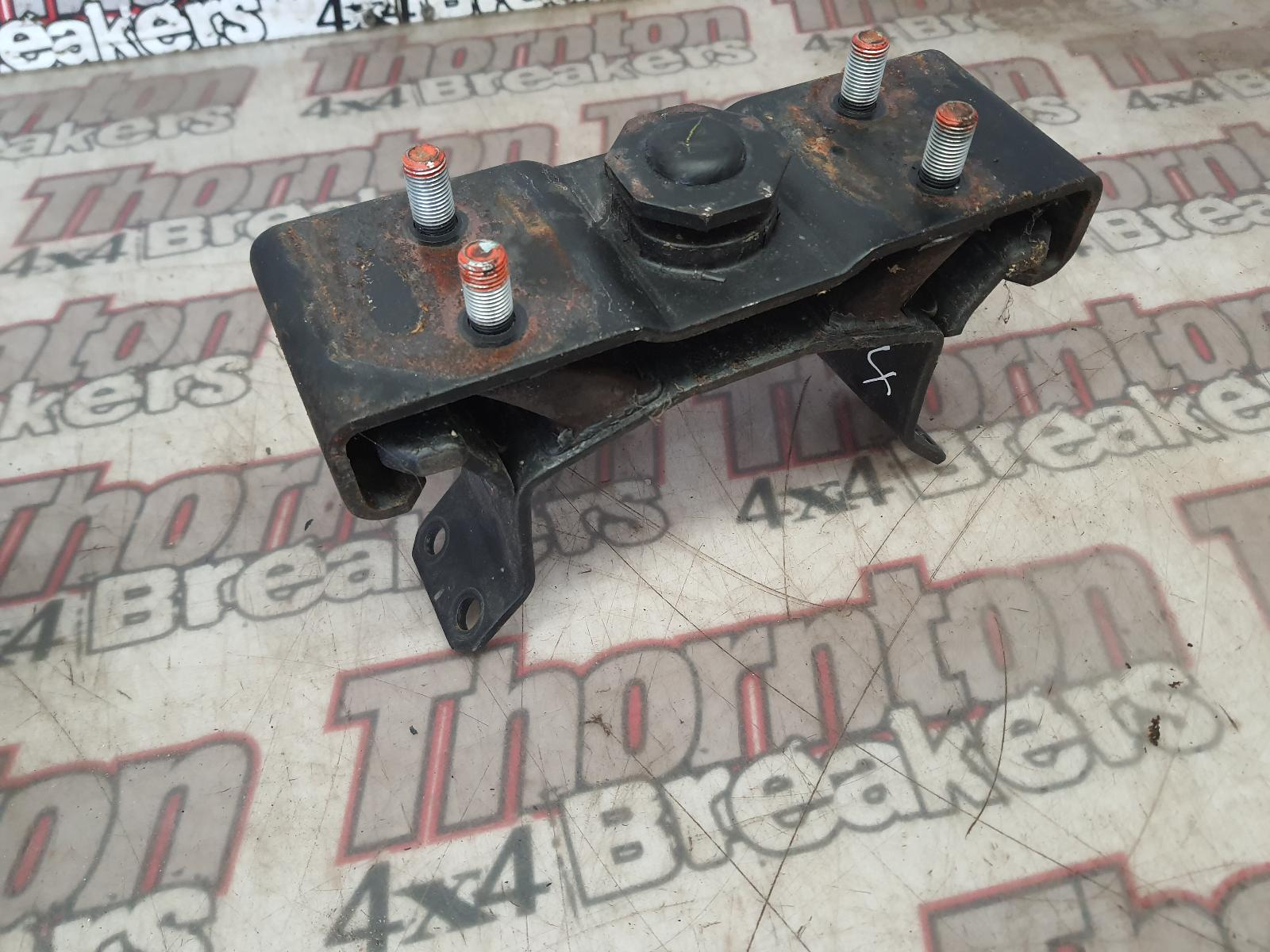 View Auto part Gearbox Mount FIAT FULLBACK 2017