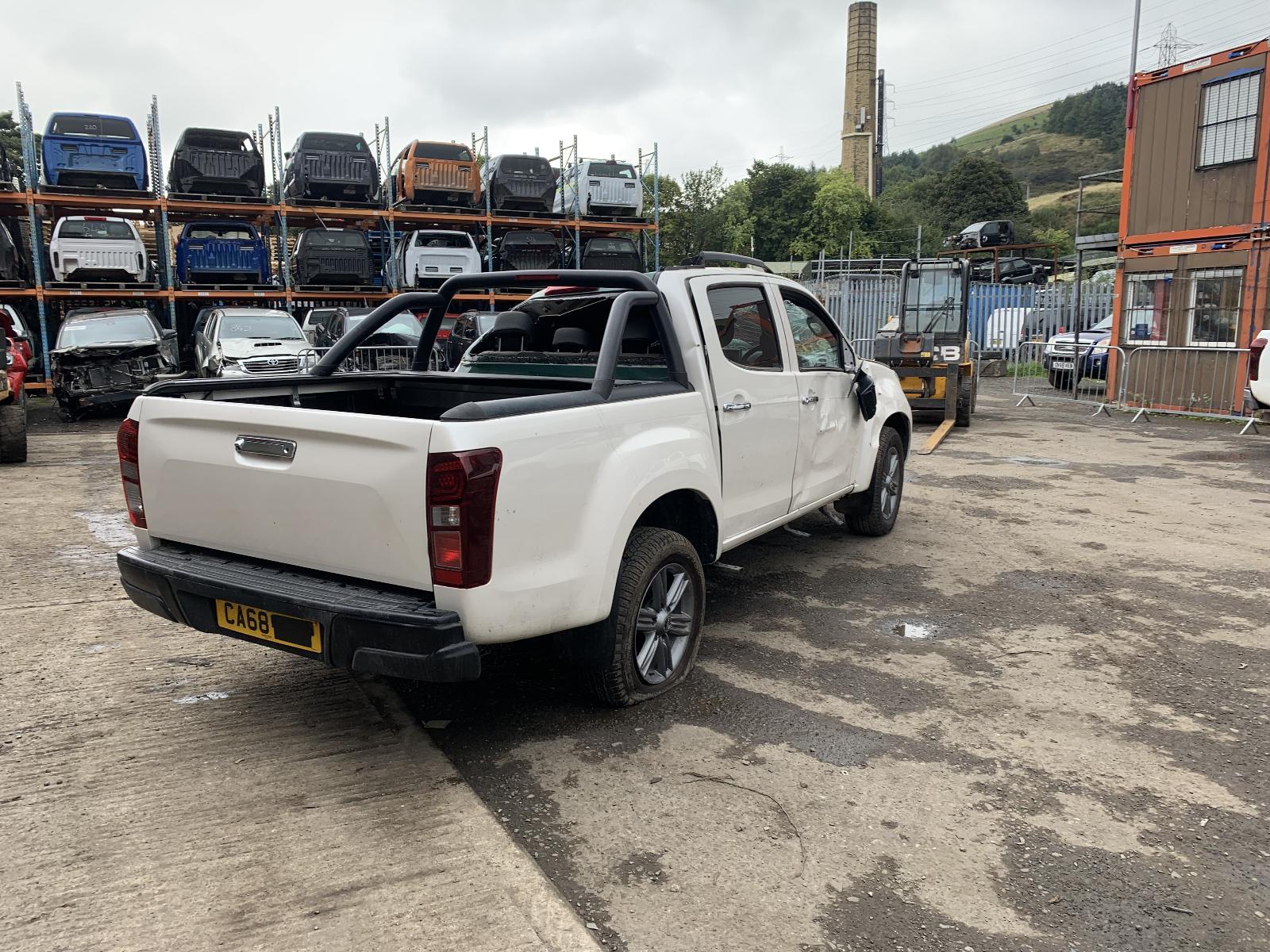 View ISUZU D-MAX 2018 4 Door Pickup