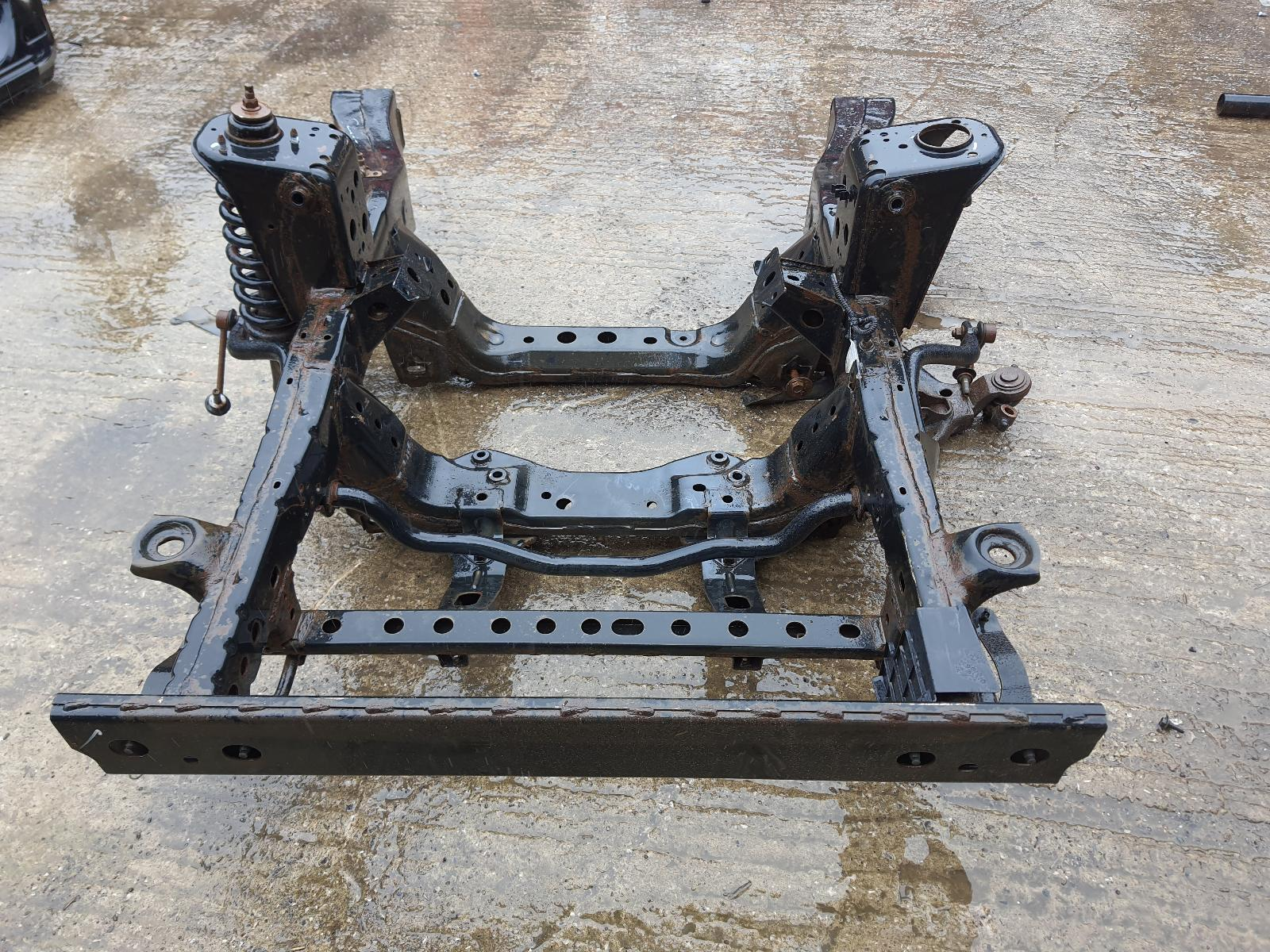 View Auto part Chassis TOYOTA HILUX 2013