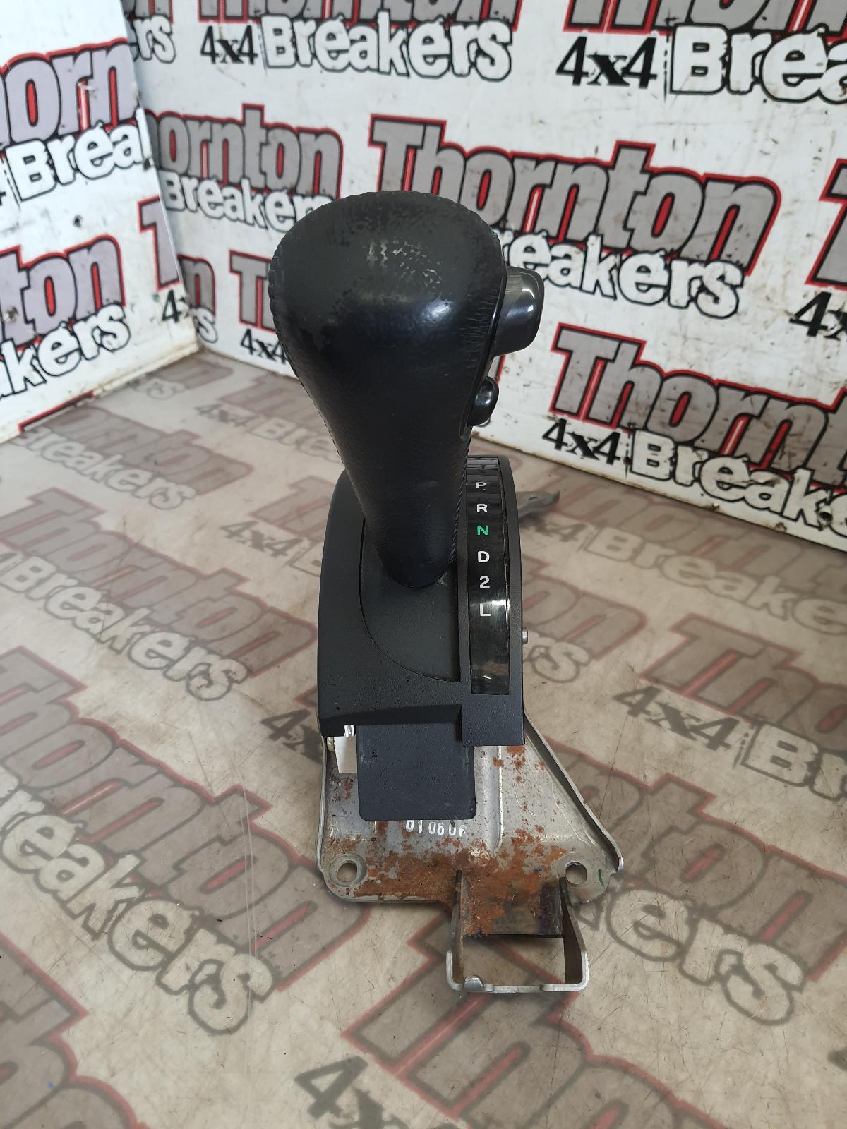 View Auto part Gear Stick/Shifter MITSUBISHI L200 2007