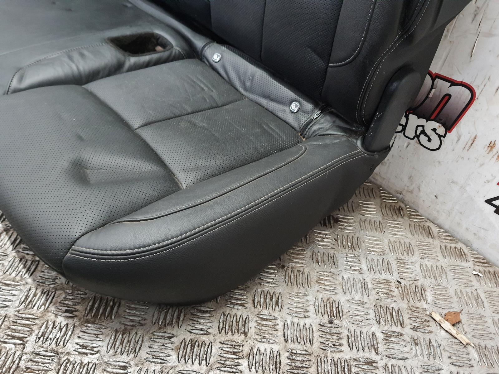 View Auto part 2ND_SEAT_REAR_SEAT NISSAN NAVARA 2019