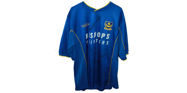 2000 replica home shirt signed by first team