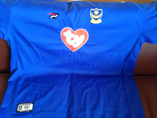 2003/04 Replica Pompey Home Jersey signed by the first team