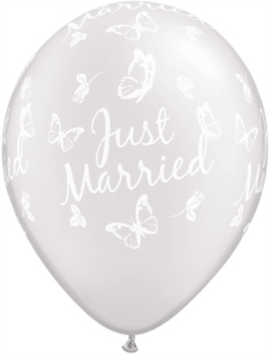 "Pearl White Just Married Butterflies 11"" Latex Balloons 25pk"